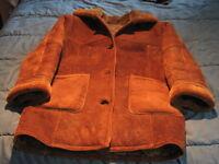 Manteau de cuir et mouton