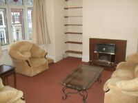 VERY LARGE WELL APPOINTED 2 BEDROOM FLAT UPLANDS