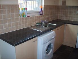 ROOM AVAILABLE IN 4 BED HOUSE, BILLS INC ££££ ONLY £69 PPPW EXCELLENT CONDITION FREE WIFI