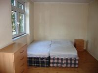 Very nice 3 bedroom furnished apartment mins walking distance from Island Garden station E14
