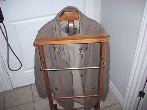 wolverine tan coat,size medium large..,fits big