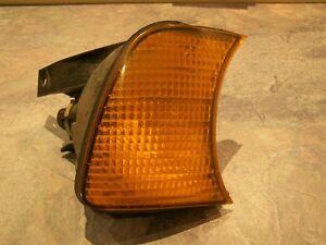 BMW 525i PASSENGER RH TURN SIGNAL LIGHT 1384034 1989-1992 Kitchener / Waterloo Kitchener Area image 1