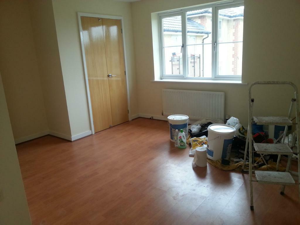*** STUNNING 2 BEDROOM 2 BATHROOMS FLAT IN ILFORD !!! MUST SEE ASAP!! ***