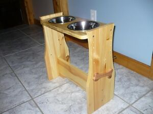Elevated Dog bowls - custom made to fit your dog (30$ and up)