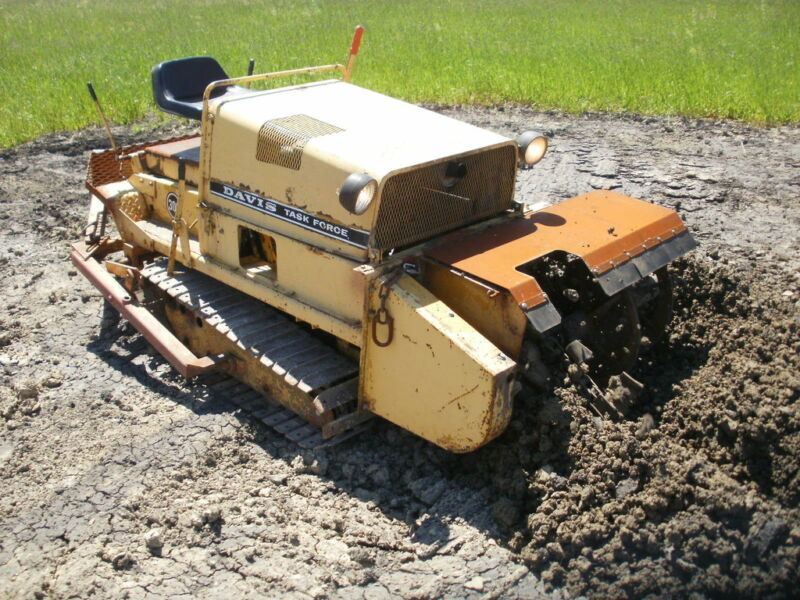 Tracked trencher rental case tf300 other winnipeg kijiji for Case kijiji