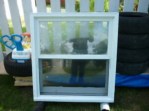 1 - WOODEN RISE & FALL WINDOW WITH ALUMINUM STORM