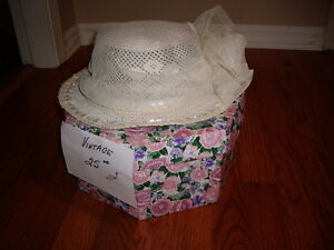 WEDDING HATS/BOXES