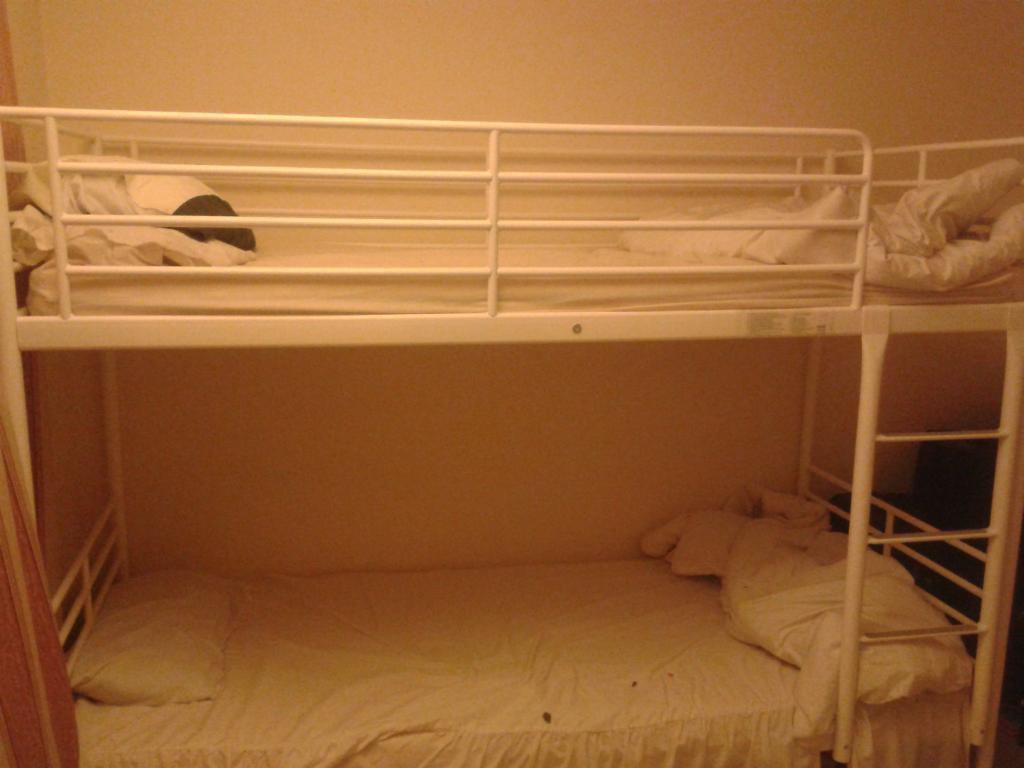 Ikea bunk bed in kingston london gumtree for Gumtree bunk beds