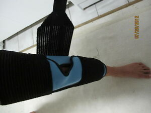 Immobilisation pour jambe et genoux 19 pouces West Island Greater Montréal image 3