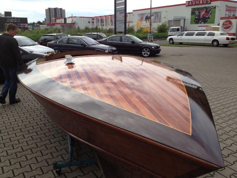 donzi mahagoni holzboot in k ln porz gebrauchte boote und bootszubeh r ebay kleinanzeigen. Black Bedroom Furniture Sets. Home Design Ideas