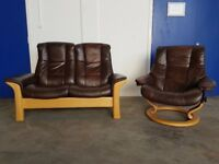 EKORNES STRESSLESS WINDSOR 2 SEATER HIGH BACK BROWN LEATHER SOFA & STRESSLESS ARMCHAIR CAN DELIVER