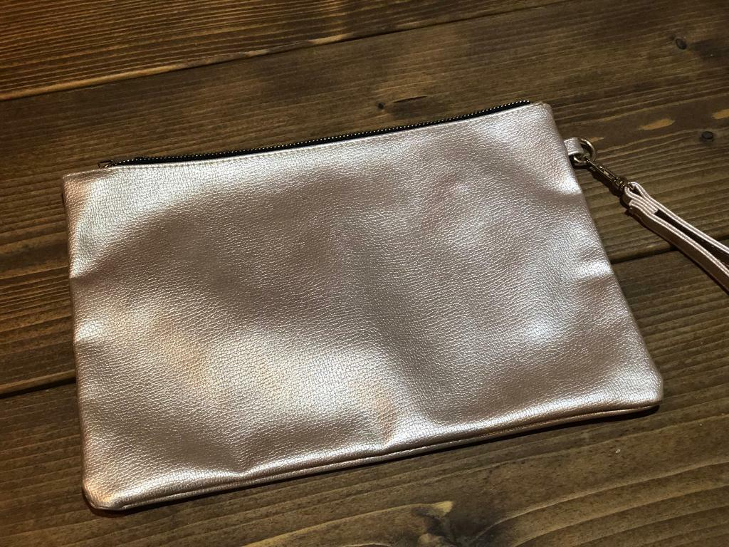 5a7d1b8dc1a Gold envelope clutch | in Stanley, West Yorkshire | Gumtree