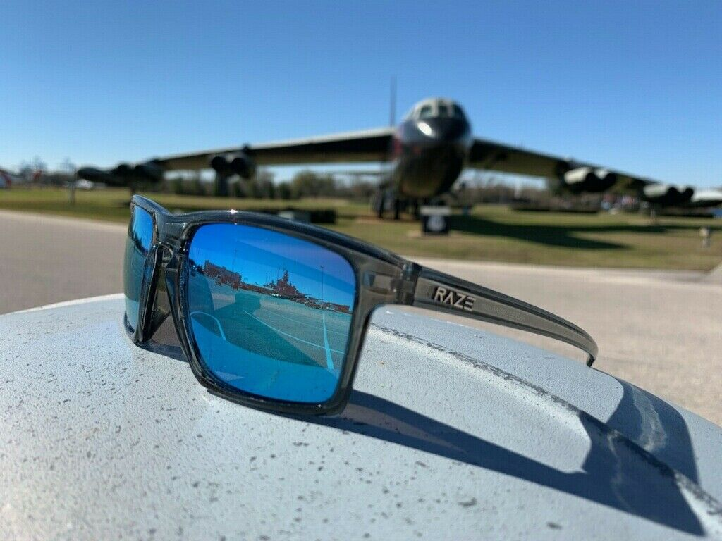 RAZE Eyewear Sunglasses Journey mirrored blue lens crystal g