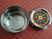 SMALL STAINLESS-STEEL FOOD CONTAINERS DECORATED AS PER PICTURE