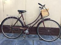 Lovely Vintage Raleigh Cameo ladies bicycle
