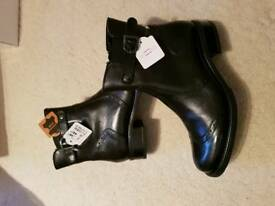 Brand new ladies leather boots.size 6.5-7