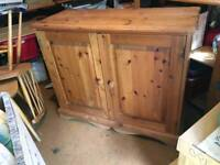 Well made PINE CABINET