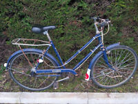 1970s Raleigh Wayfarer ladies' bike