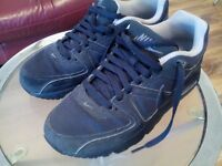 Nike AirMax uk size 5.5 excellent near new condition