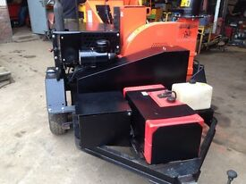 "wood chipper 9"" capacity bearcat, kubota deisel engine woodchipper"
