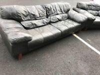 3 Seater Sofa & Chair (@07752751518)