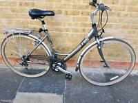 Raleigh p2000 ladies bike