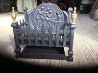Beautifully restored vintage cast iron fire grate with lovely backplate