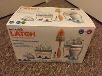 Munchkin Latch Bottle Starter Set. BNIB