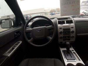 2012 Ford Escape XLT, Gas and Go, Local trade, Car starter!!! Windsor Region Ontario image 10