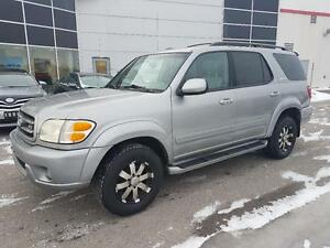 2004 Toyota Sequoia Limited 4WD *** SUNROOF, LEATHER, DVD ***