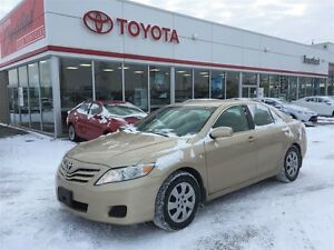 2011 Toyota Camry LE, Carproof Clean, Original Owner Trade In, S