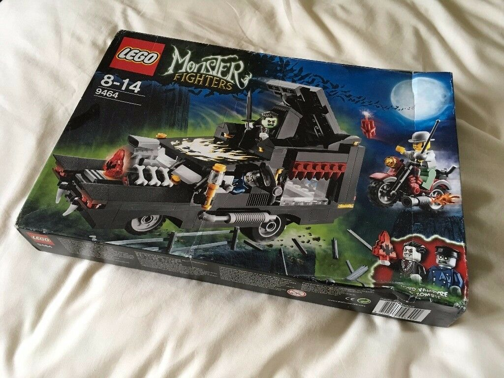 LEGO 9464 Monster Fighters - The Vampyre Hearse Set (New)