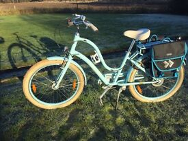 ELECTRIC Ladies Bike -Electra Townie Cruise 250W- only 4 months old. Selling due upgrading