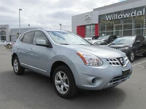 2011 Nissan Rogue SV FWD, Rear view Camera, Heated front seats,