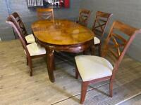 GORGEOUS MAHOGANY DINING TABLE EXTENDABLE WITH 6 CHAIRS NICE !!!!!!