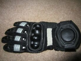 Motorcycle beautiful soft leather gloves