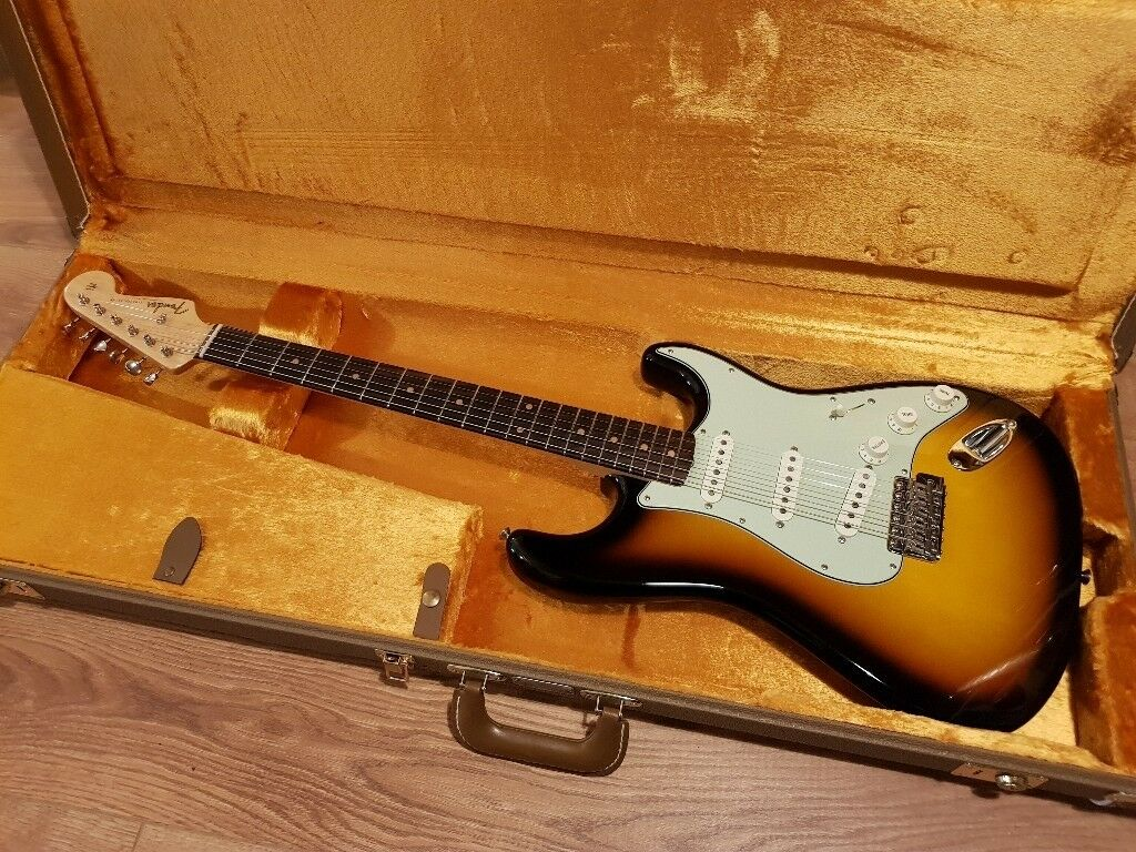 Fender American Vintage  59 Strat 3 Colour Sunburst Rosewood including Hard  Case 598defad3