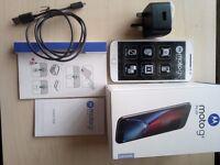 Motorola G4 Plus 16GB SIM-Free Smartphone 2 GB RAM (Dual SIM) - White [Used] In excellent condition.