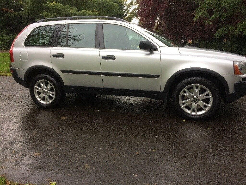 Outstanding Volvo XC90 D5 SE E4 with full service history