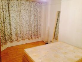A large double room to rent in (EASTHAM) including Bills £530 pm