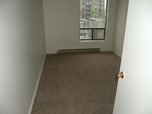 HALIFAX SOUTH BEST PRICE & LOCATION 1 BEDROOM $ 815