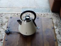 Kettle - Cream Russell Hobbs. Electric 1.7 Ltr capacity