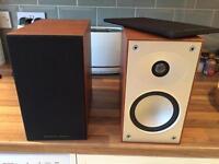 Mourdant Short Avant 902i book shelf speakers