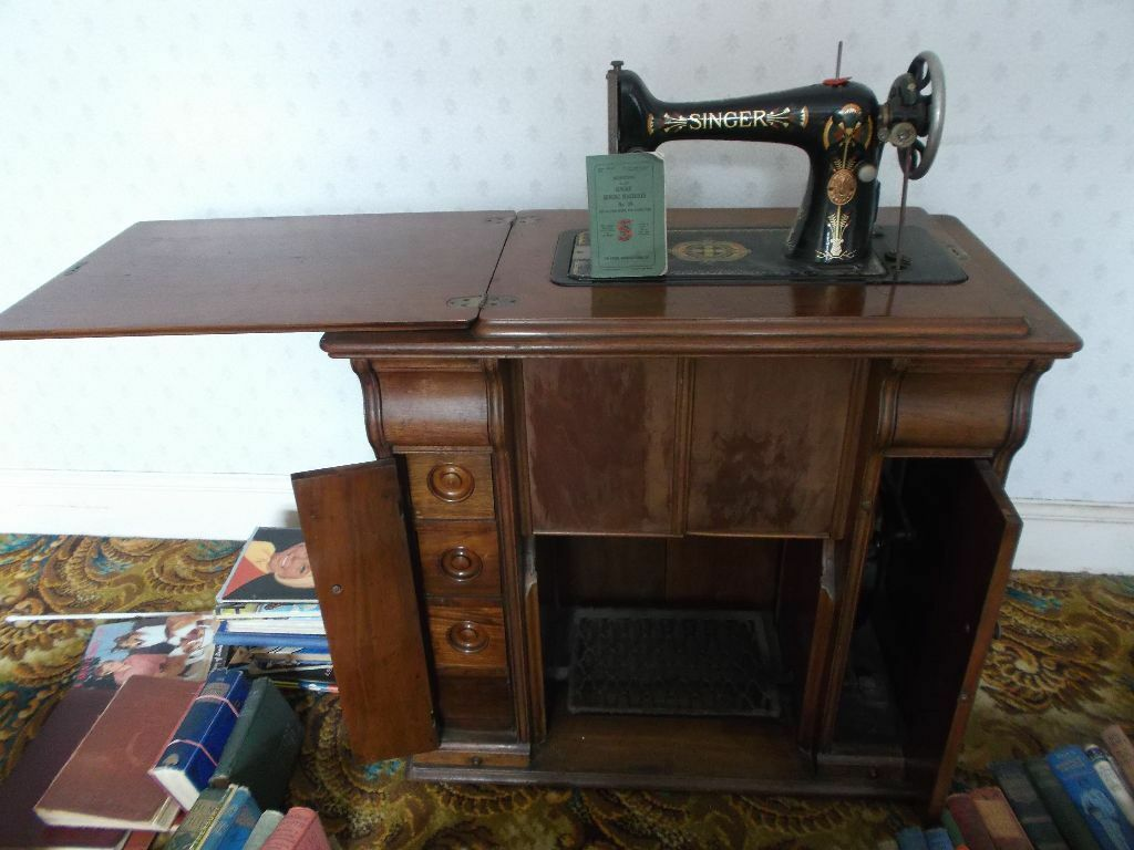 Treadle Sewing Machine Cabinet Antique Vintage Singer Treadle Sewing Machine No99 In Wood