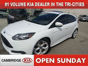 2013 Ford Focus ST / LEATHER / NAV / SUNROOF