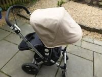 Bugaboo Cameleon (2010) in grey and sand