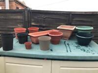 11x Various Sized Garden Flower Plant Plastic Pots