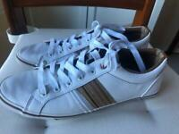 Men's trainers size 7