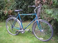 claud butler hybrid,23.5 in frame,runs perfectly,tidy bike
