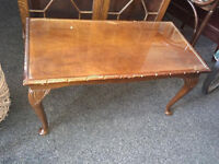 Lovely Vintage Mahogany Glazed Top, Cabriole Legs Coffee Table